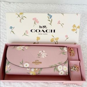 NWT Coach Boxed Slim Envelope with Charms